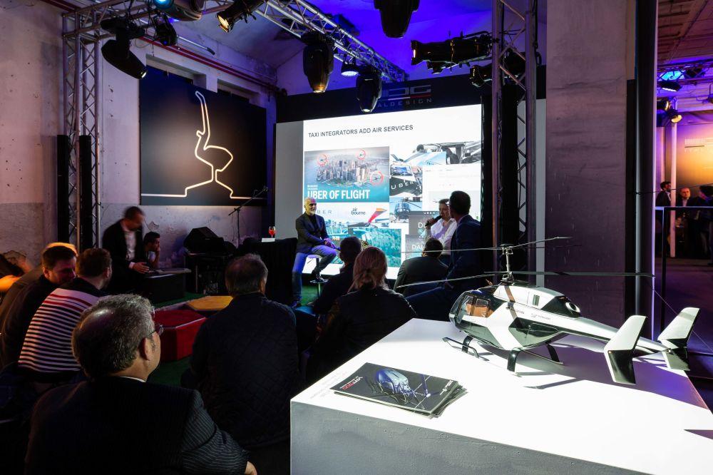 L'evento al Fuorisalone di Milano è stata la prima presentazione dell'elicottero VRT 500 in Europa