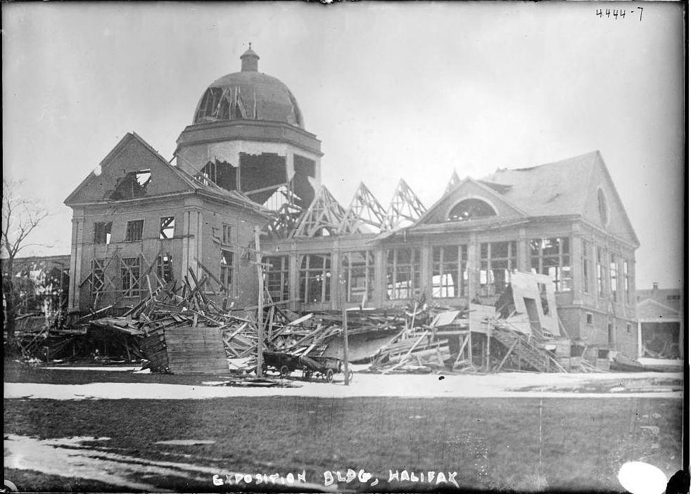 L'esplosione nel porto di Halifax