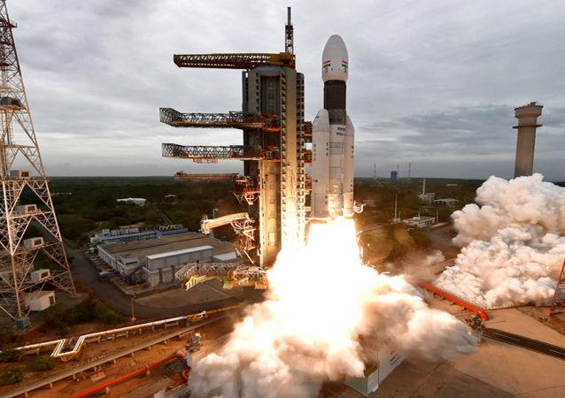 Lancio della sonda lunare indiana Chandrayaan-2
