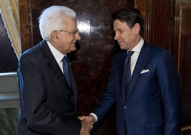 Sergio Mattarella e Giuseppe Conte al Quirinale (foto d'archivio)