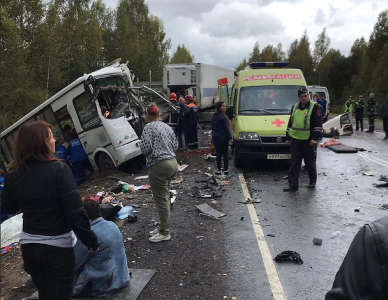 Grave incidente stradale a Yaroslavl, 7 vittime