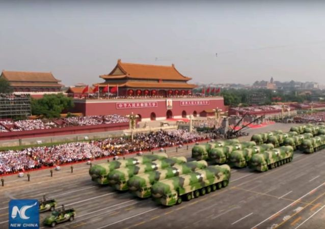 Missili Dongfeng-41 alla parata militare del 70.mo anniversario RPC