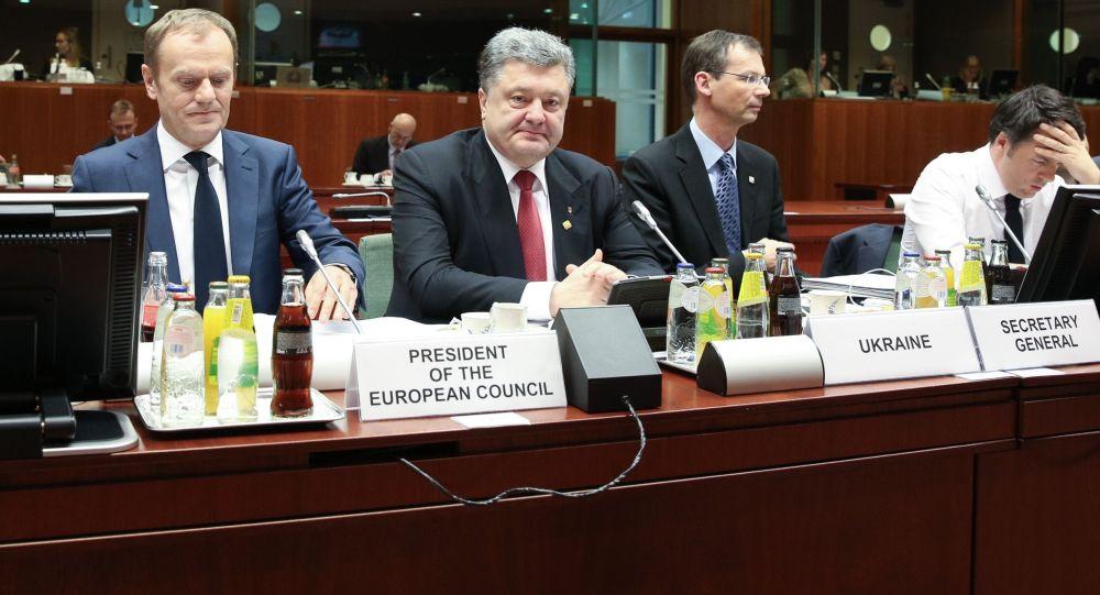 Donald Tusk e Petr Poroshenko a Bruxelles