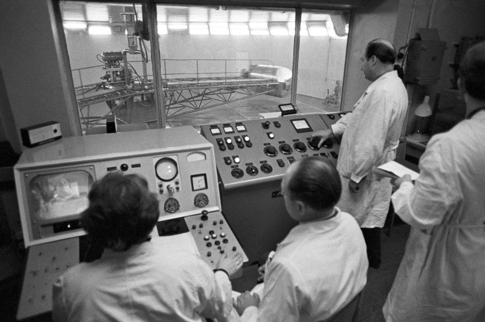 Alexei Leonov durante le esercitazioni nella centrifuga