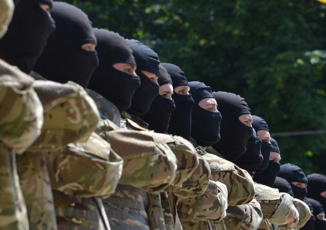 """Il bataglione Azov""""  partecipa ai combattimenti nell'Est dell'Ucraina"""