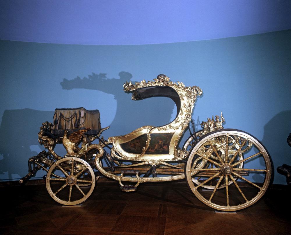 Una carrozza londinese del '700 esposta all'Armeria.