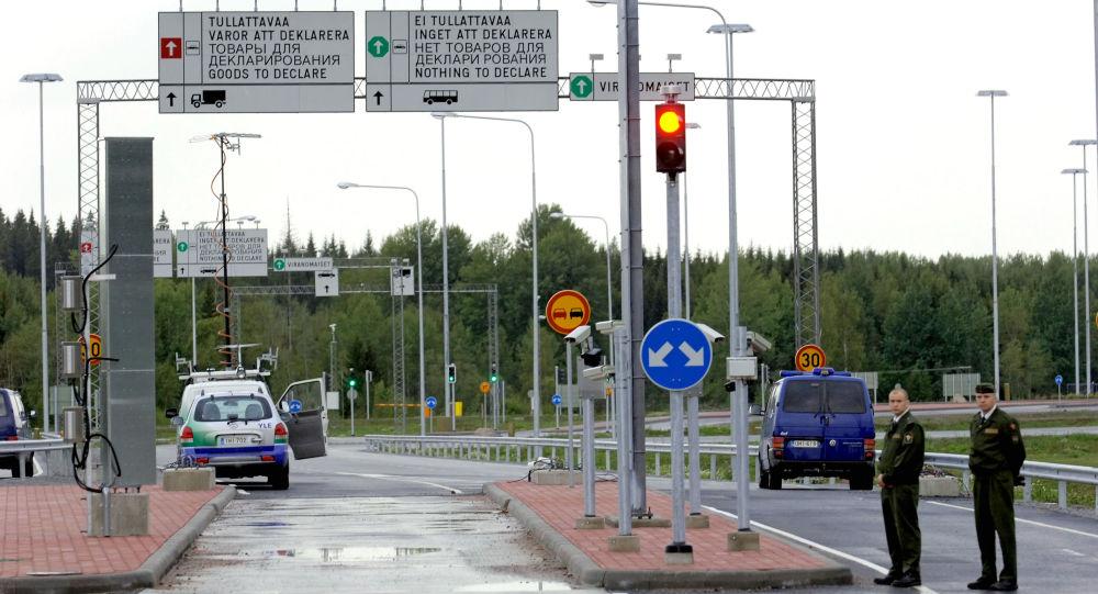 Valico di frontiera tra Russia e Finlandia