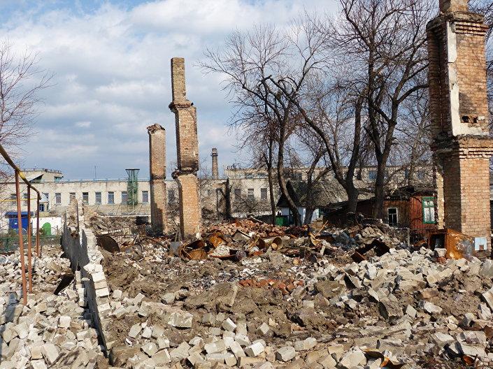 Distruzione nel Donbass