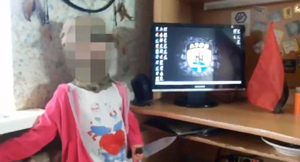 Bambina ucraina nazista