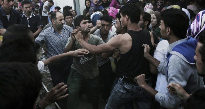 Profughi mediorientali in Grecia (foto d'archivio)