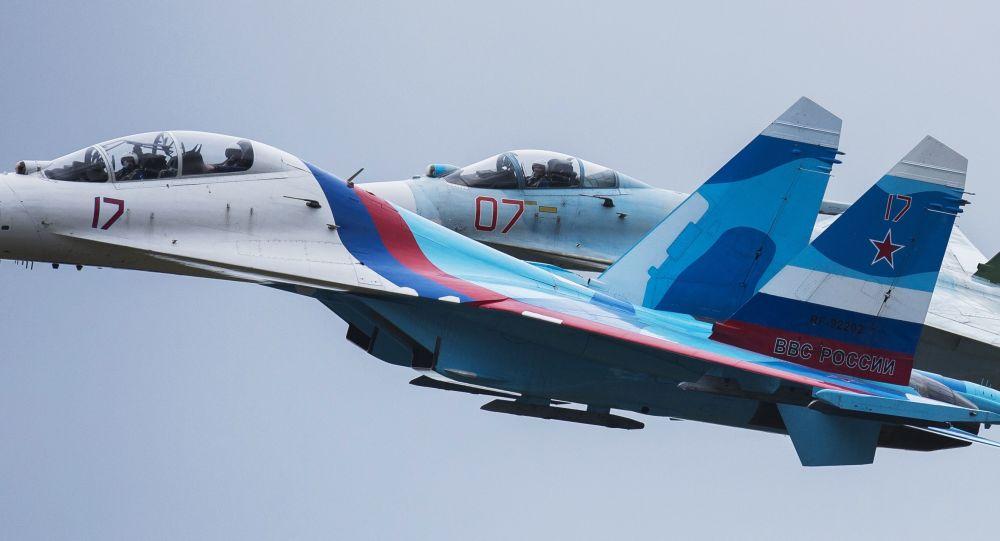 Caccia Su-27 russo (foto d'archivio)