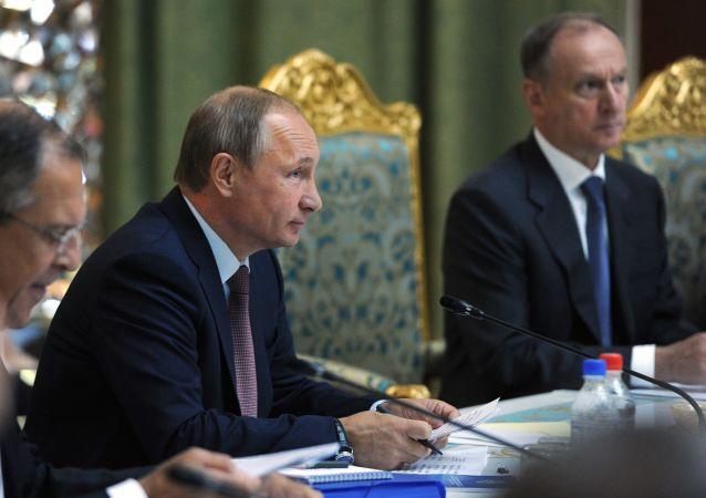 Presidente Putin al vertice CSTO a Dushanbe