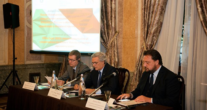 L'intervento dell'ambasciatore Ragaglini ha aperto il seminario