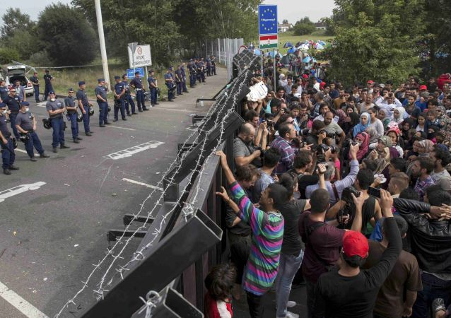 Il confine tra Ungheria e Serbia