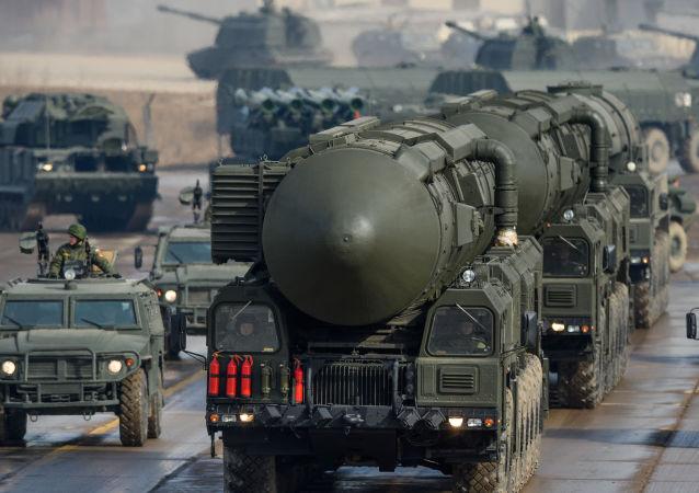 Il Topol'-M è un missile balistico intercontinentale di progettazione e costruzione russa.