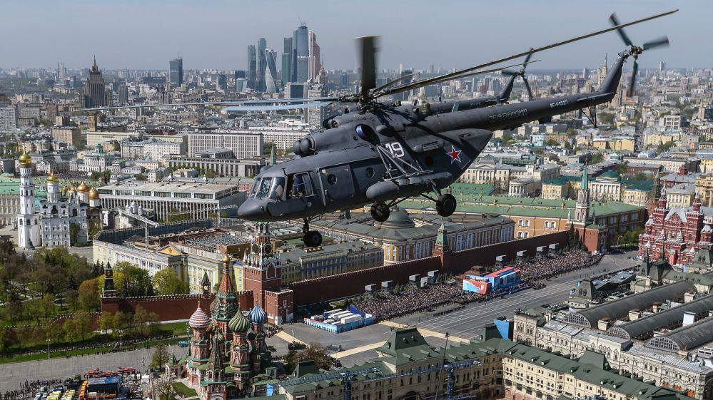 Il Mi-8 è un elicottero multiruolo da trasporto e d'attacco biturbina.