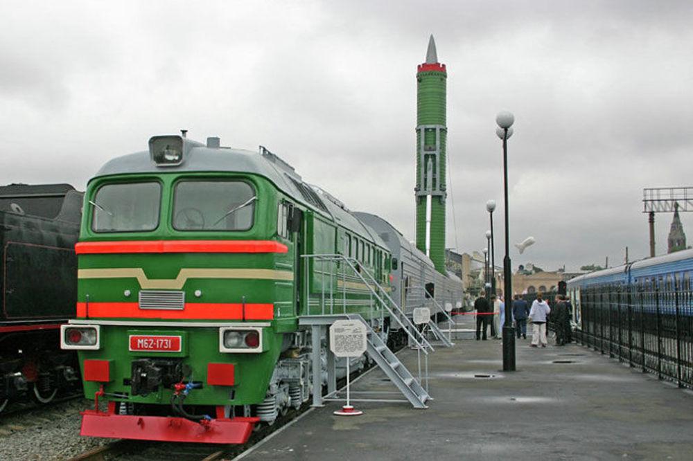 Сomplesso missilistico ferroviario da guerra.