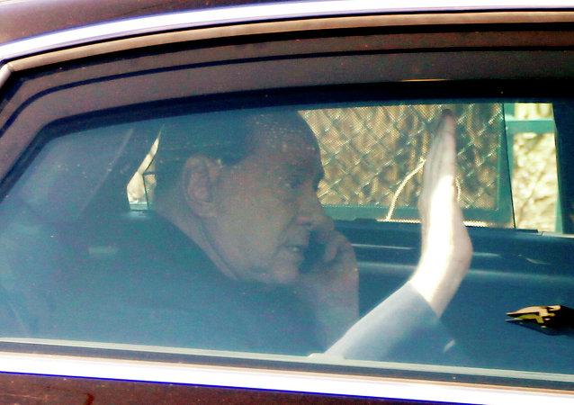 Silvio Berlusconi dichiara di voler ricominciare la lotta politica