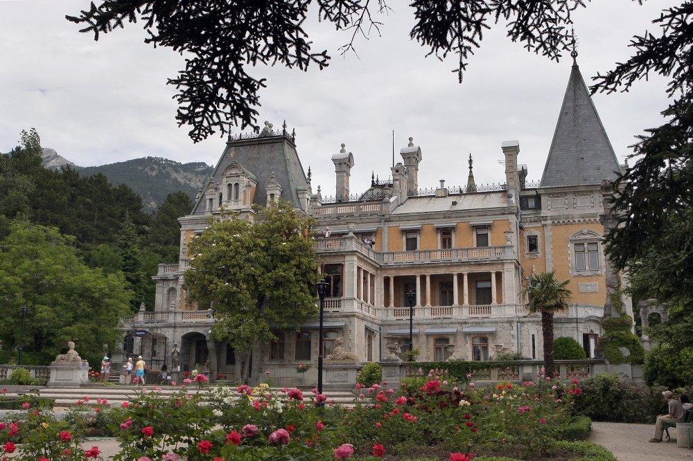 Il Palazzo Massandra in Crimea.