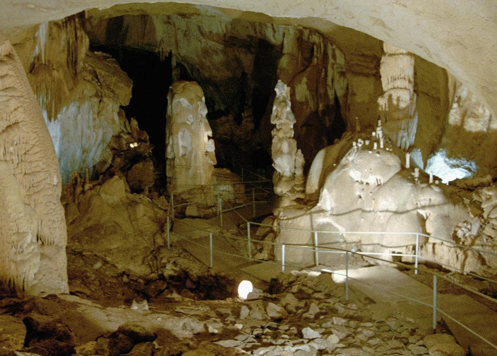 Le cave di marmo di Chatyr-Dag in Crimea.