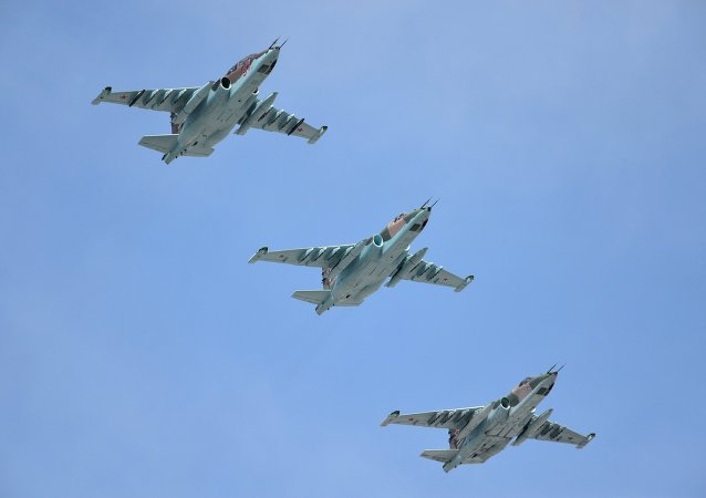 Caccia Su-25
