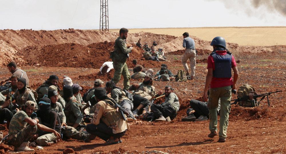 Militanti nelle vicinanze di Aleppo