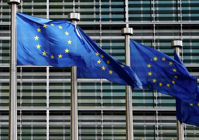 Bandiere UE agli uffici di Bruxelles