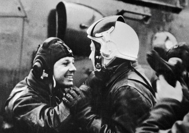 Yuri Gagarin ed Alexey Leonov