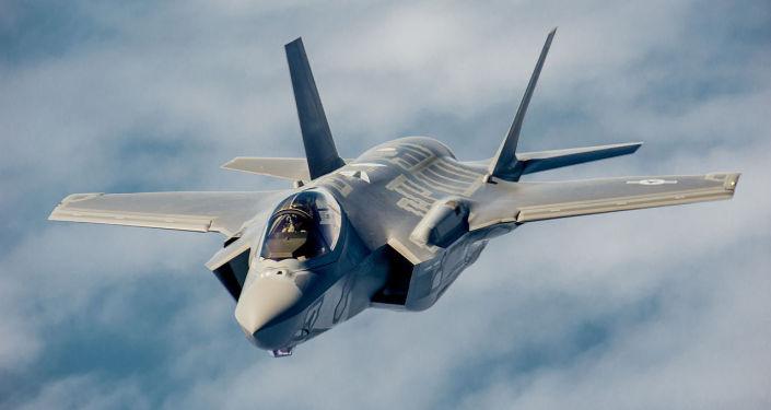 Caccia americano F-35 Lightning II