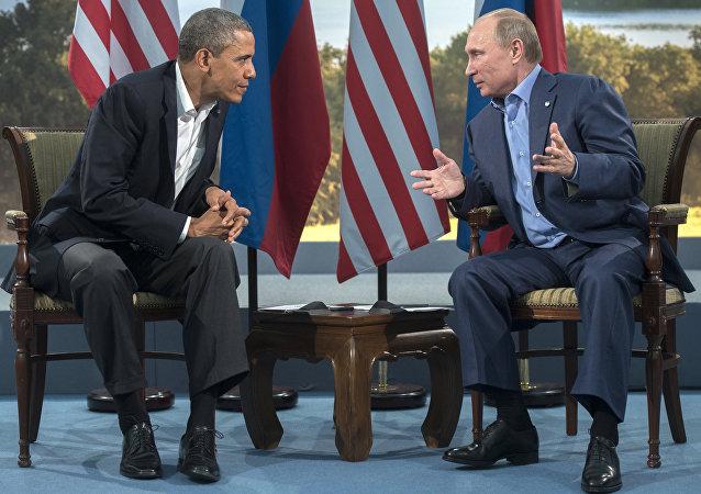 Il presidente russo Vladimir Putin e il presidente americano Barack Obama