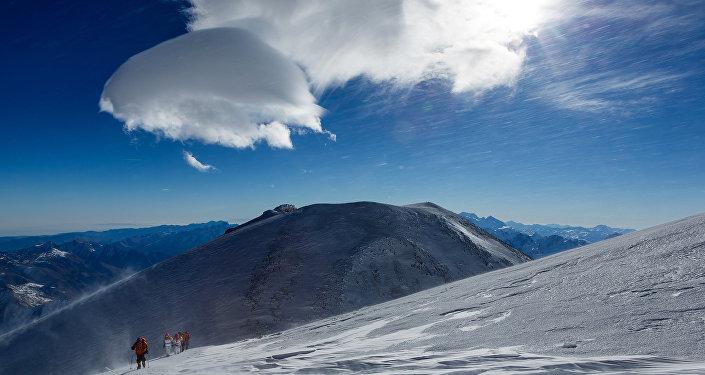 La cima dell'Elbrus, 5621m