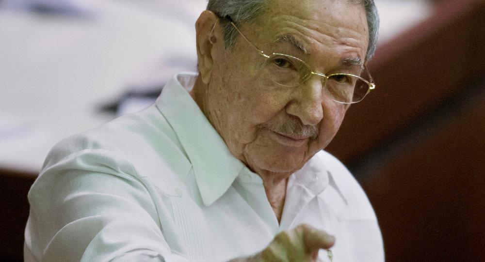L`Alto Rappresentante per la politica estera e la sicurezza dell'UE Federica Mogherini ha incontrato il Presidente cubano  Raul Castro