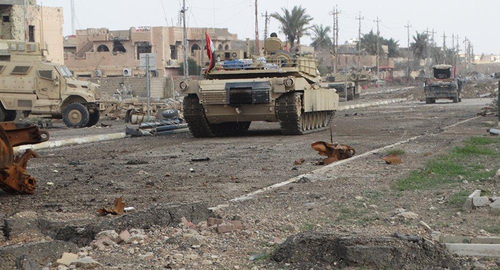 Blindato esercito iracheno a Ramadi