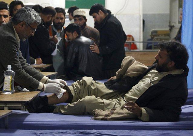 Dopo un attacco suicida in Pakistan