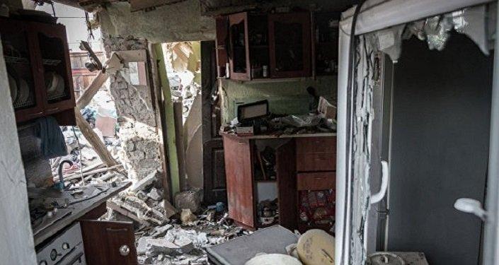 La casa di Anna dopo il bombardamento