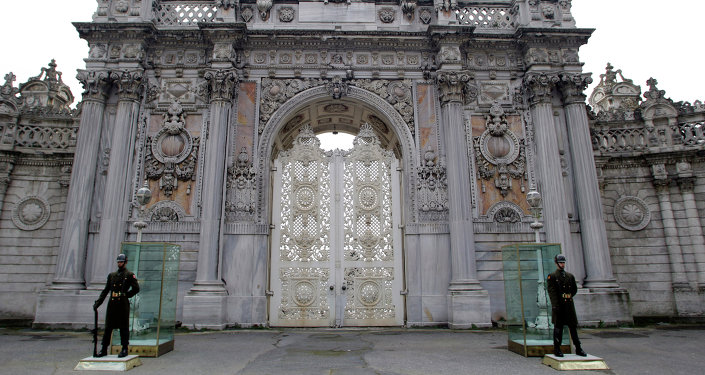 Il palazzo Dolmabahce a Istanbul