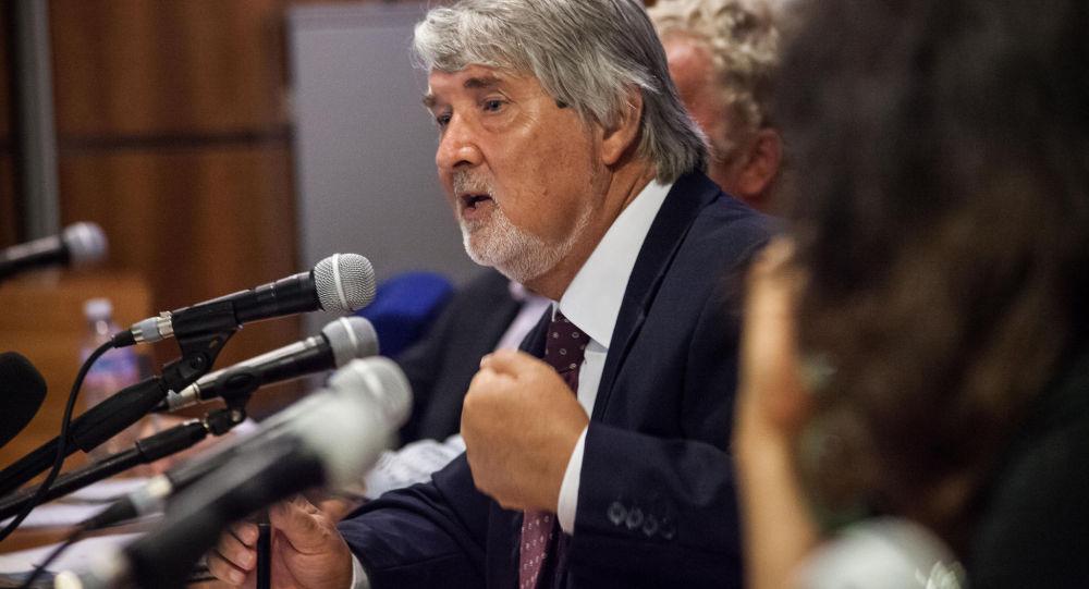 Il ministro del lavoro Giuliano Poletti