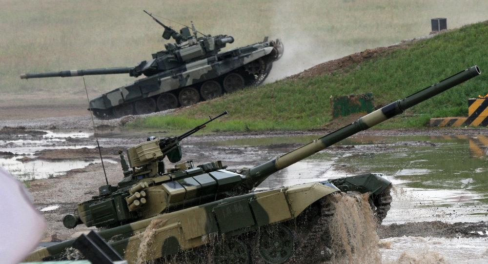 Carri armati T-90