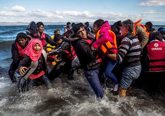 Profughi siriani provenienti dalla Turchia (foto d'archivio)