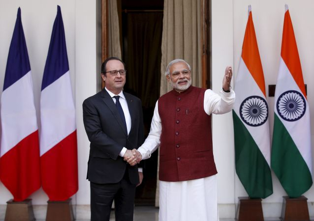 Francois Hollande e Narendra Modi a New Delhi