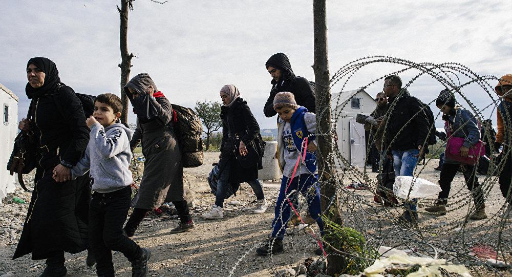 Migranti al confine greco-macedone