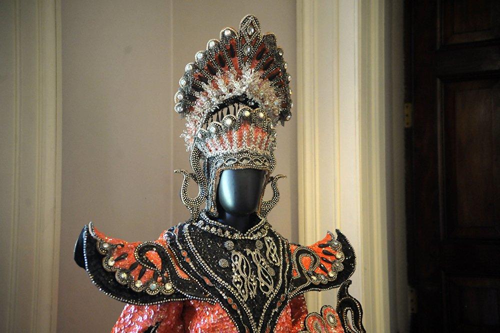 Un costume storico del Carnevale di Rio