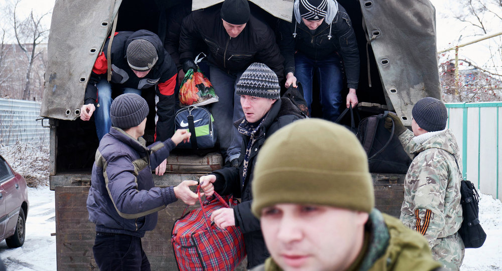Volontari milizia filorussa di Donetsk