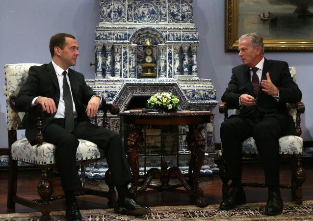 Dmitry Medvedev e Reinhold Mitterlehner