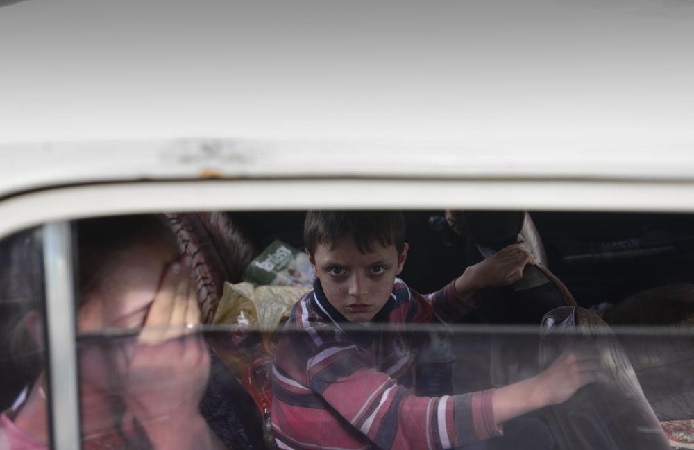 Profughi a Lugansk.