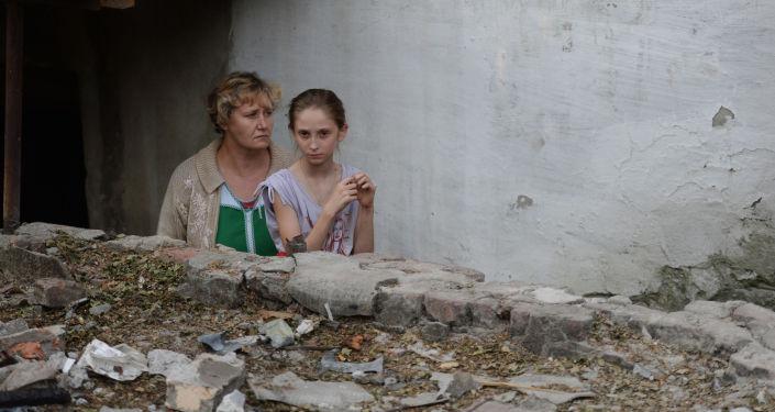 Abitanti di Ilovaisk, cittadina distrutta