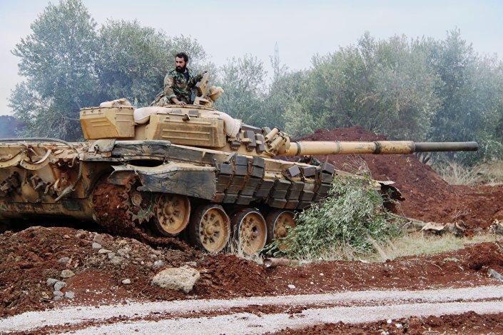 I soldati dell'esercito siriano nel villaggio di as-Sayh Miskin.