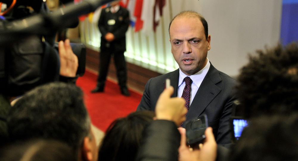 Il Ministro degli Interni Angelino Alfano