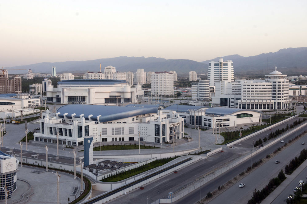 Altra veduta del complesso olimpico di Ashgabat