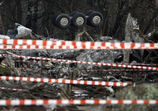Il luogo dello schianto dell'aereo su cui viaggiava il presidente polacco Lech Kaczynski, l'11 Aprile del 2010.